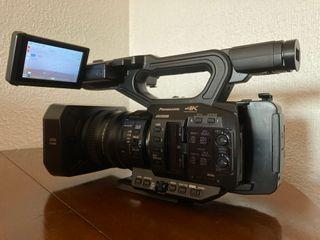 Videocámara profesional Panasonic AG-UX90