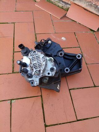 bomba de gasoil y rampa de inyeccion de un Renault