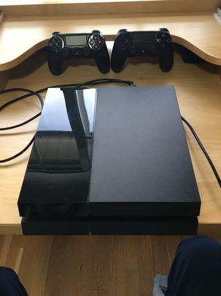 PlayStation4 + 2 Mandos + Juegos(Opcional)