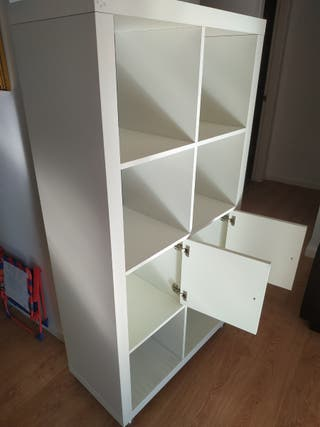 Estanteria IKEA.