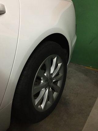 Llanta Audi a6 mas neumaticos