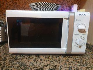 Microondas con grill SOGO