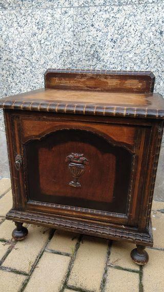 Mesilla vintage de madera