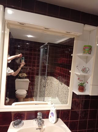 espejo baño tipo camerino y baldas