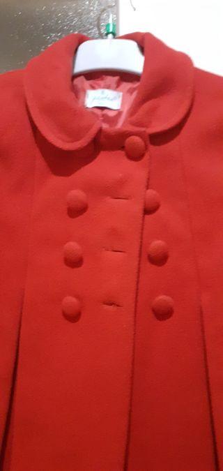 Abrigo talla 6 niña..10€