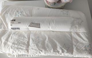 Edredón, almohada y 3 fundas de Ikea para cuna