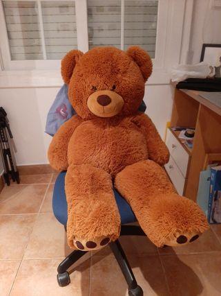 oso de peluche gigante