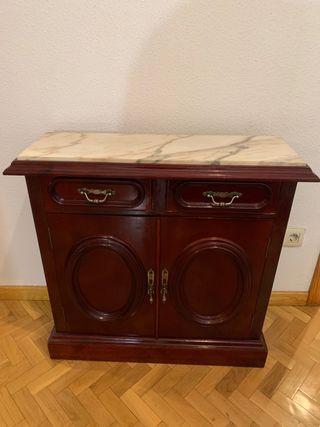 Mueble de madera con mármol