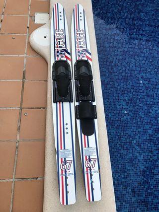Pareja de esquís naúticos