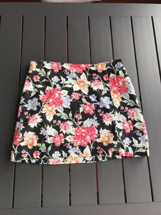 Minifalda NUEVA Urban Outfitters