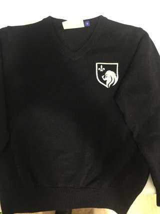 Jersey uniforme colegio Trinity collage talla 8