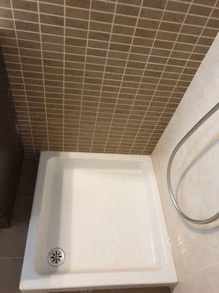 plato de ducha 70 x 70