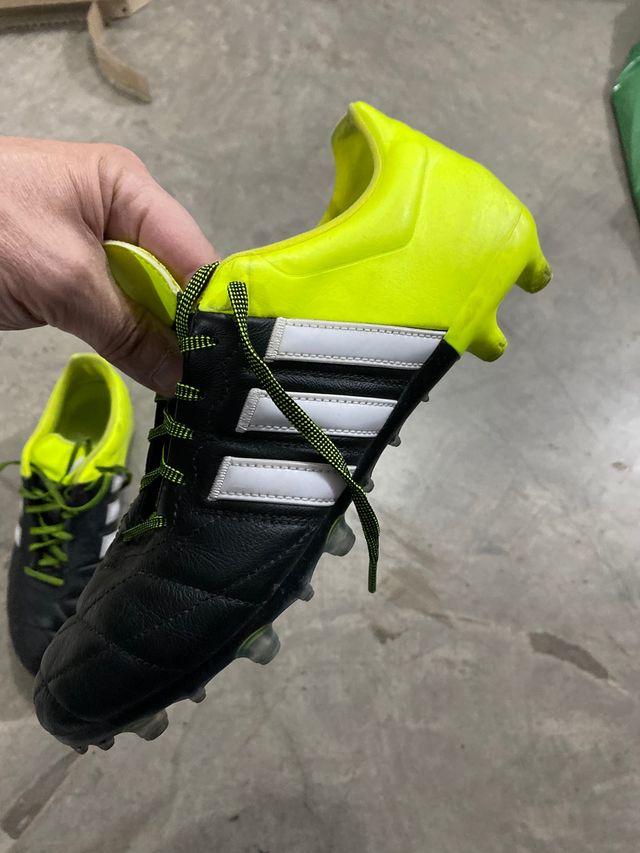 Botas de fútbol profesionales Adidas