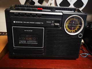 radio cassette vintage sanyo