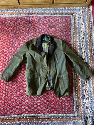 Abrigo Barbour LUTZ WAX OLIVE