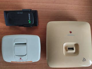 Modem Movistar y base wifi Vodafone