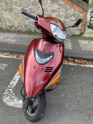 moto Suzuki AN 125