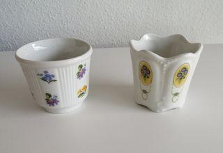 Macetas pequeñas porcelana antigua. Marca Sanbo.