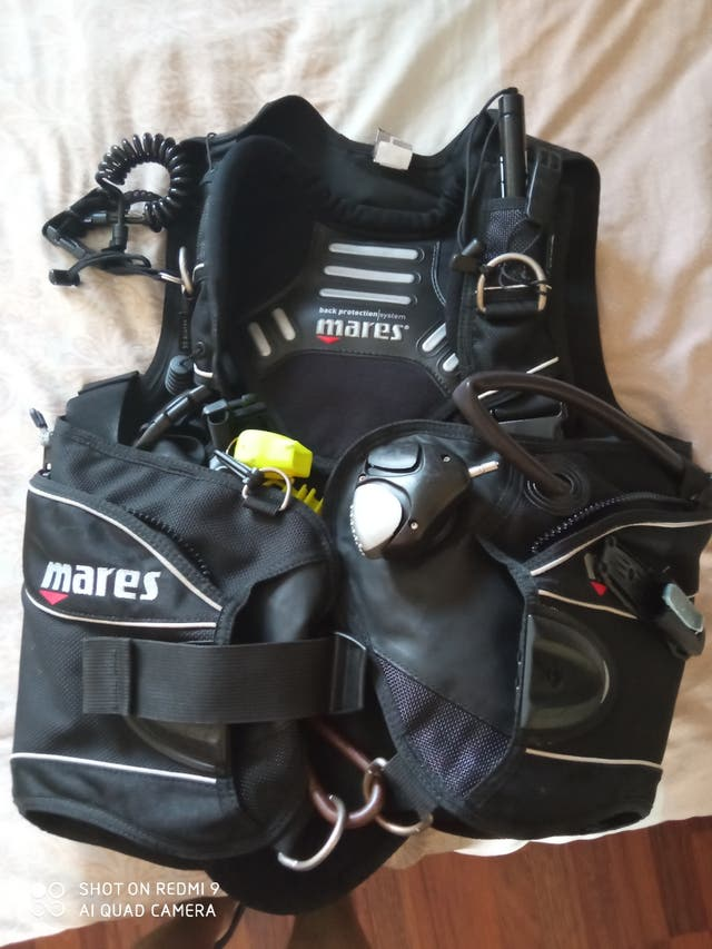 chaleco buceo Mares