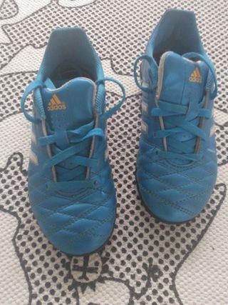 Botas Adidas N.30