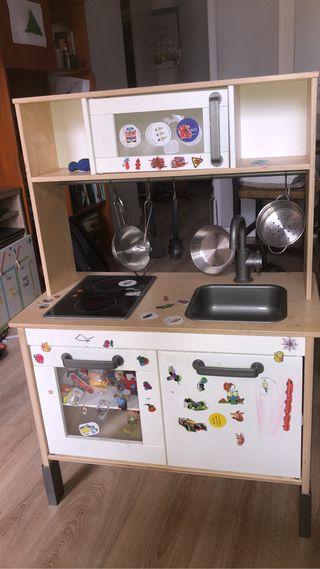 Cocina de jueguete Ikea