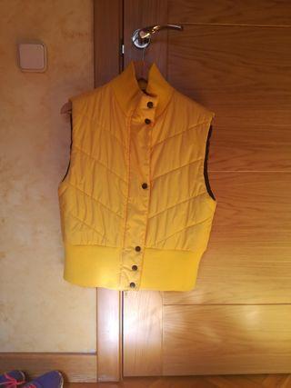 chaleco abrigo color amarillo