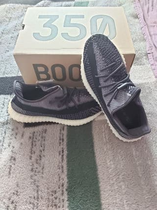 adidas Yeezy Boost 350 ve Carbon