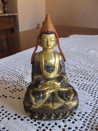 Figura de Buda en bronce y oro