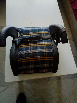 asiento adaptedor de coches para niños