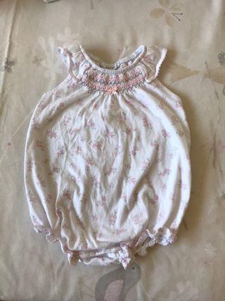 Pijama bebé talla 9-12