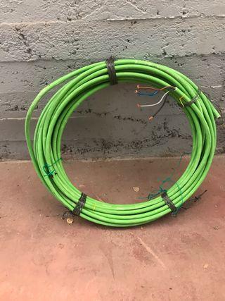 37 metros de cable 4x16 libre halógeno