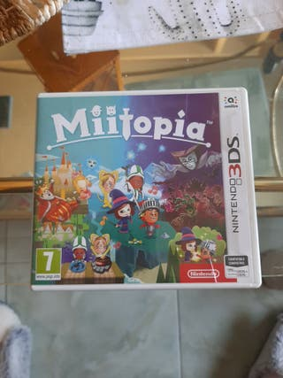 "Juego nintendo 3DS ""Miitopia"""