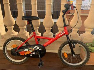 """Bicicleta niño 16"""" marca Btwin"""