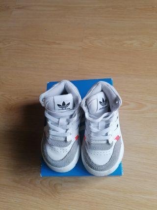 Zapatillas Adidas para niño/ bebé