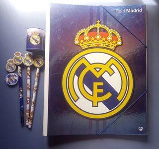Archivador y lapices del Real Madrid