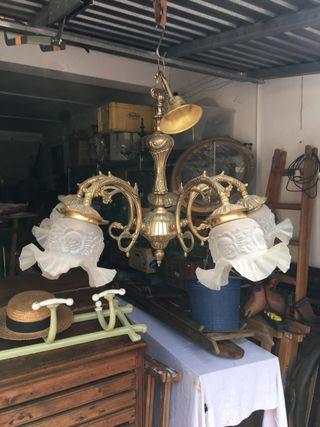 Antigua lampara techo bronce