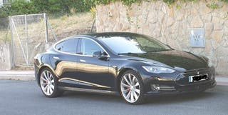 Tesla Model S 2015 P85D