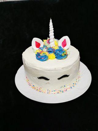 tarta unicornio piñata
