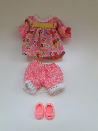 ropa hija muñeca Barbie - vintage.
