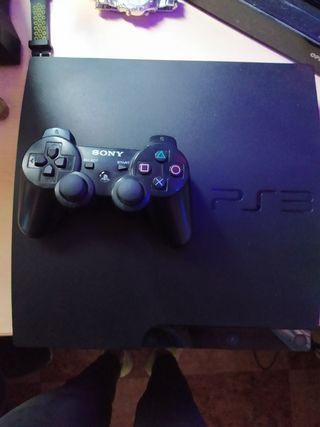 PS3 mas mando y 12 juegos