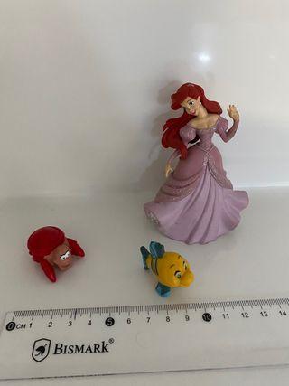 """Ariel """"La Sirenita"""" y sus amigos"""