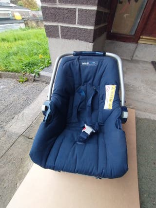 Blue Mamas & Papas Kids Small Child Baby Car Seat
