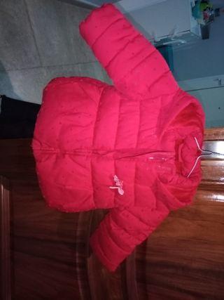 abrigo rojo corte inglés 6- 12 meses