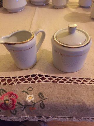 Vintage Lechera y azucarera porcelana