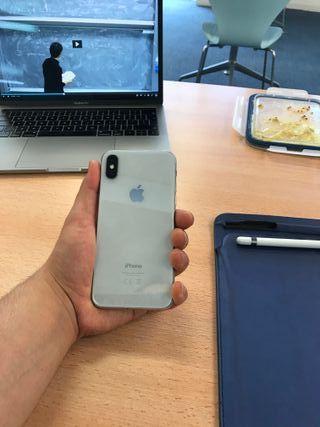 iPhone X 256Gb Silver (Unlocked)