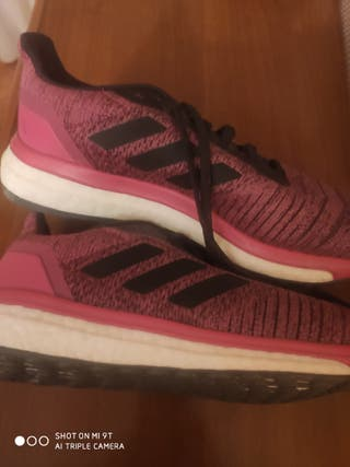 tenis mujer Adidas sin estrenar n° 40