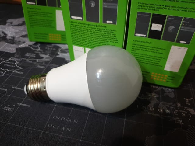 Bombilla inteligente Wifi led 15W