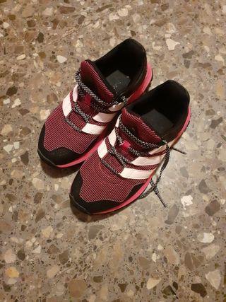 vendo zapatillas de mujer