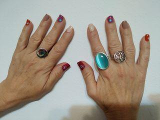 uñas semipermanentes y esmalte tradicional