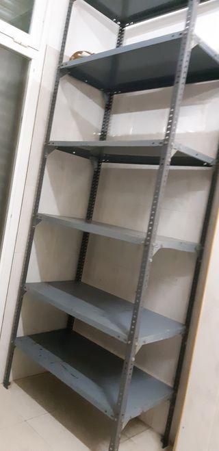 estanteria metalica de carga usada